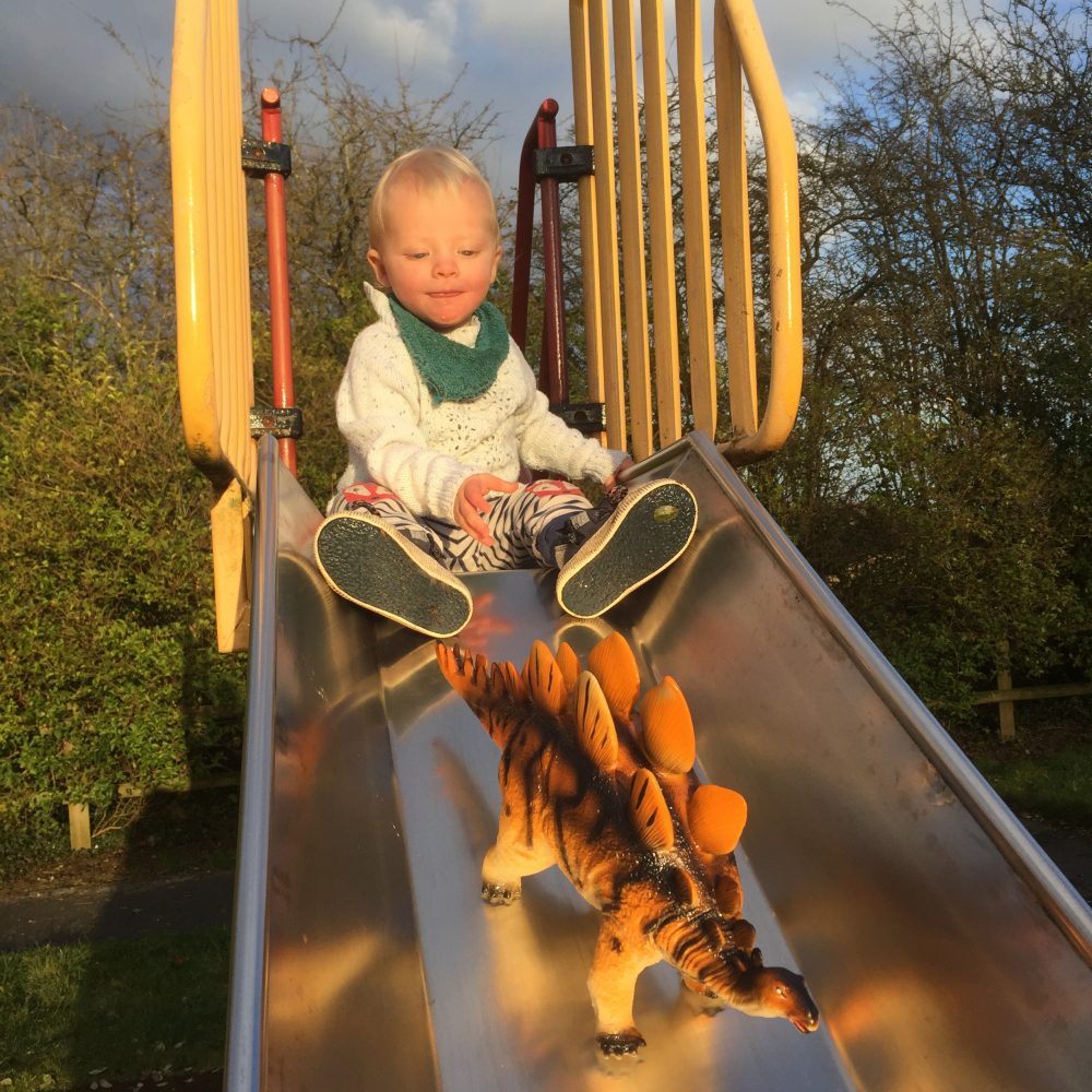 11 fun ways to encourage imaginative play in your child