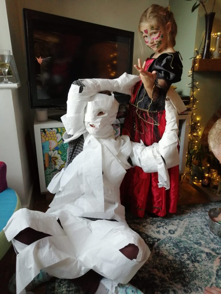 halloween mummy wrap game